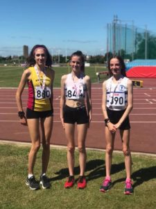 SEAA 3000m Title for Ellie